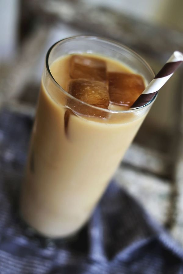 "<strong>Get the <a href=""http://www.abeautifulmess.com/2013/09/lavender-iced-coffee.html"" target=""_blank"">Lavender Iced Coffe"