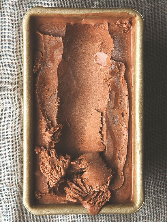 "<strong>Get the <a href=""http://www.picklesnhoney.com/2014/07/29/salted-dark-chocolate-olive-oil-ice-cream/"" target=""_blank"">"