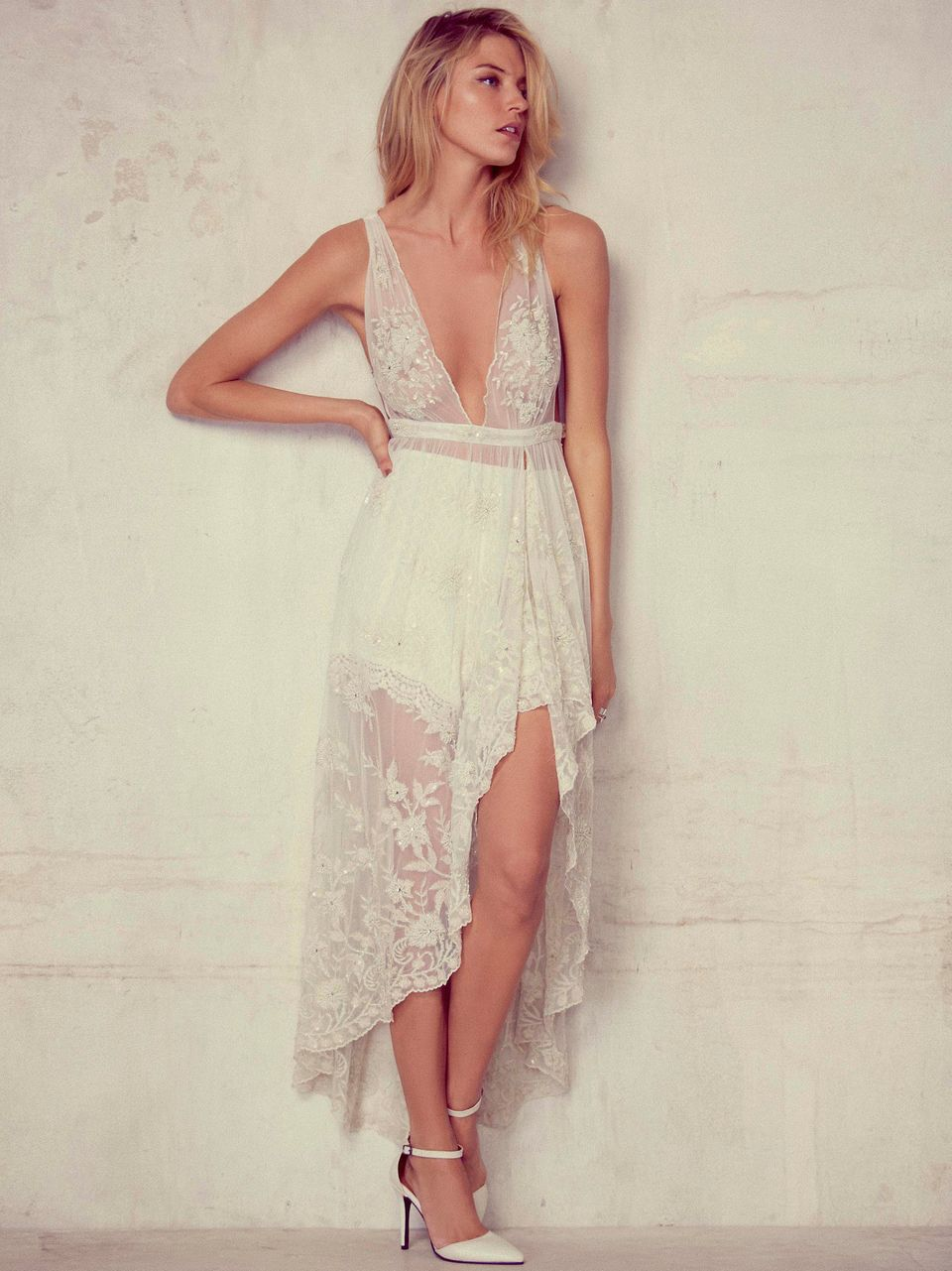 3f8ffb15e1b3 I Went Wedding Dress Shopping Alone in Manhattan and Here's What I ...