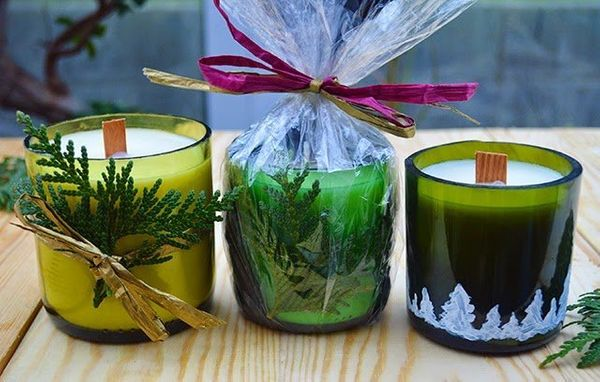 """Click over to Lovely Greens to see how to make <a href=""""http://www.lovelygreens.com/2014/12/wine-bottle-candle-tutorial.html"""""""