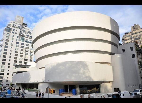 "<em>Photo Credit: Wangkun Jia | Dreamstime.com</em><br> <br> Where: New York, New York<br> <br> Visitors to the <a href=""http"