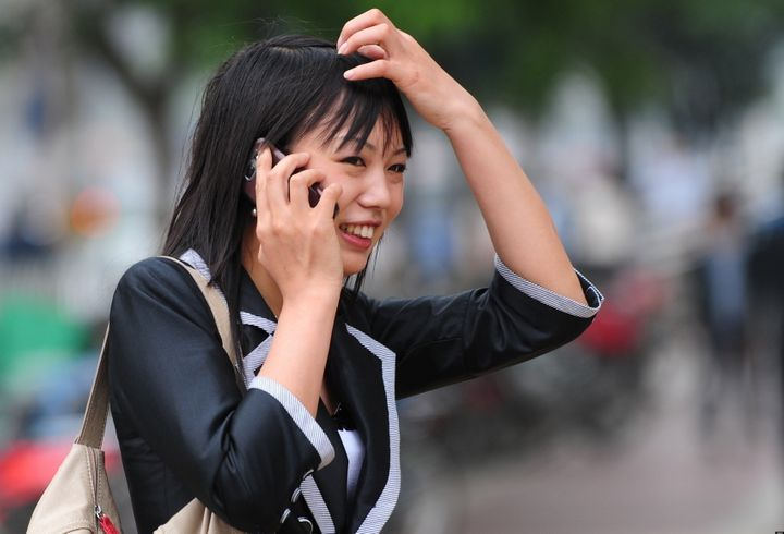 Are Cell Phones And Wi Fi Hazardous To Your Health Huffpost Life