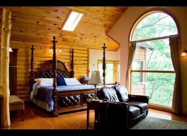 <em>Courtesy of Treehouse Cottages</em>  Where: Eureka Springs, Arkansas  Spanning two locations and offering seven tree hous