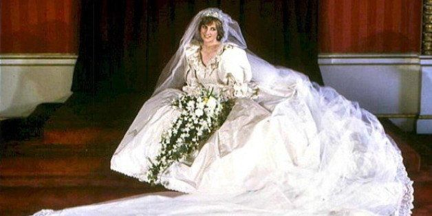 Picture dated 29 July 1981 of Diana, Princess of Wales, in her wedding dress. Princess Diana died of a lunge haemorrhage early 31 August 1997 in Paris after surgery following a high-speed car crash in which her companion Egyptian millionaire Dodi el-Fayed was also killed. (Photo credit should read /AFP/Getty Images)