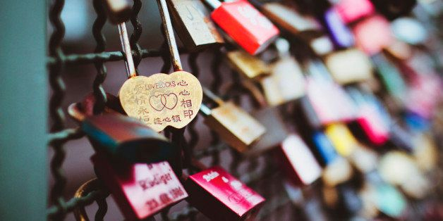 Love Locks The History And Appeal Huffpost