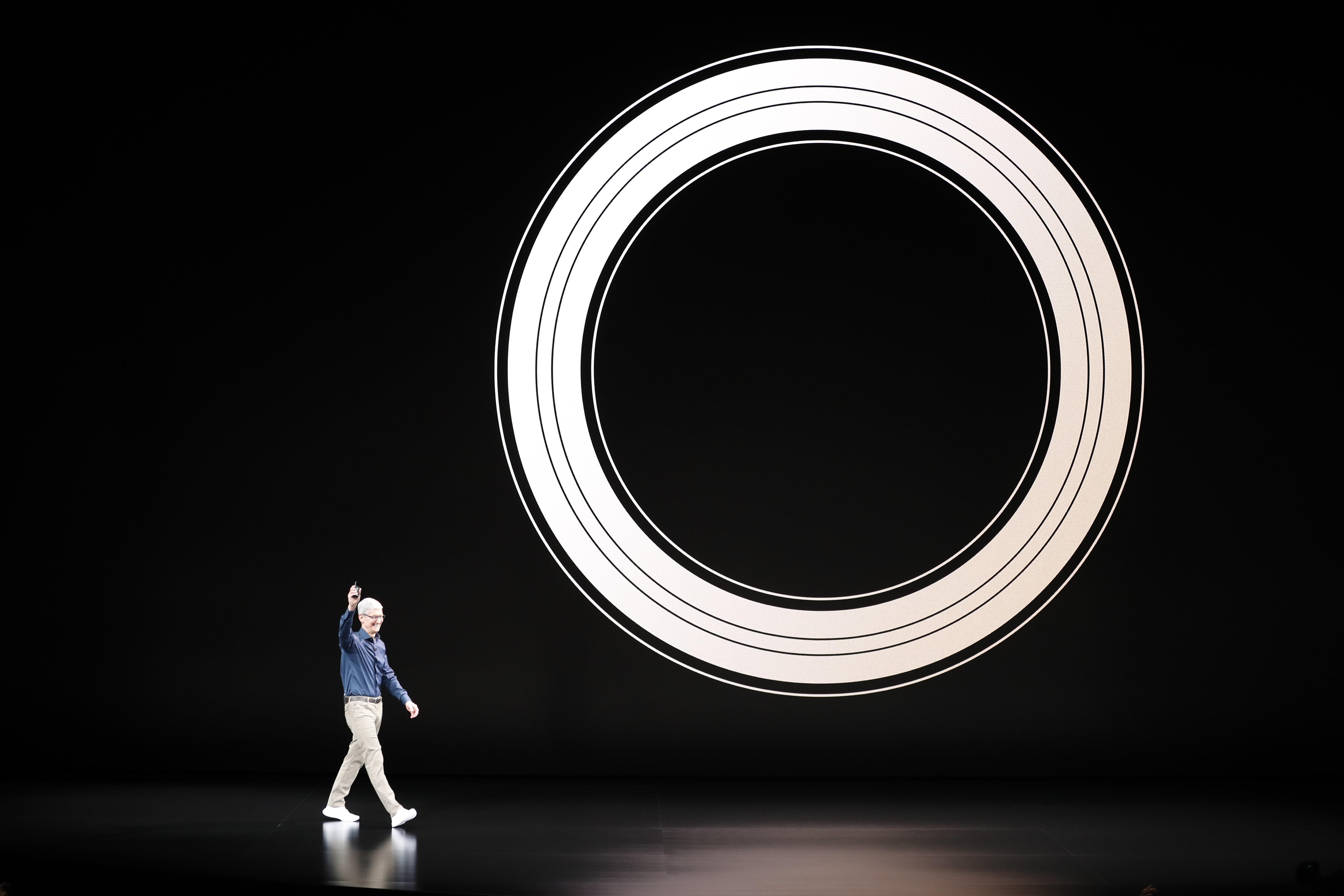 애플과 아마존, 월가의 '1조달러