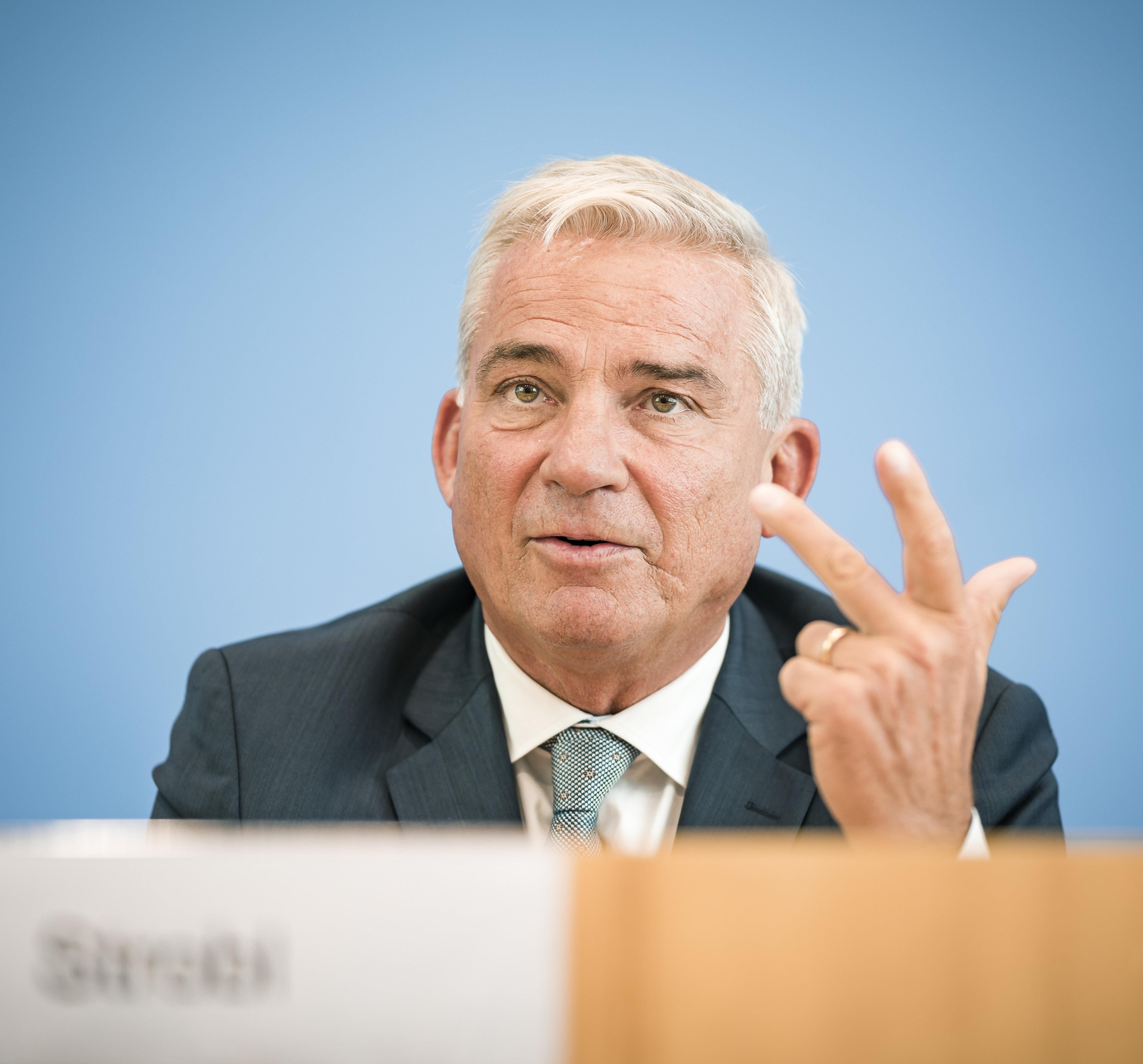 CDU-Vorstand kritisiert SPD in Maaßen-Affäre: