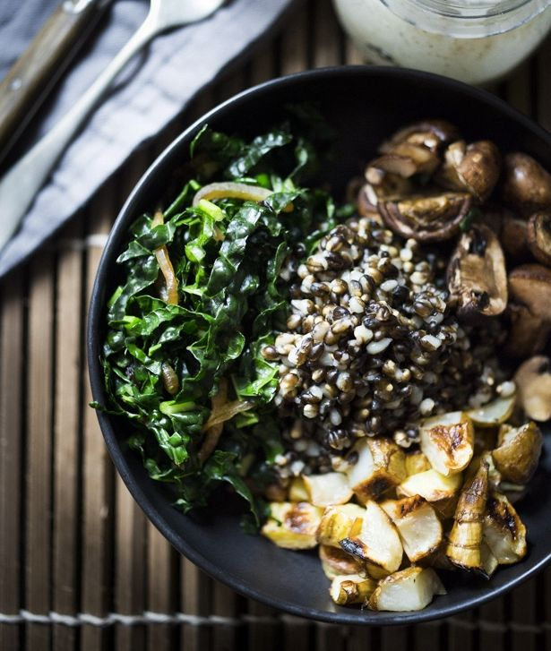 "<strong>Get the <a href=""http://www.feastingathome.com/roasted-sunchoke-and-barley-bowl/"" target=""_blank"">Roasted Sunchoke an"