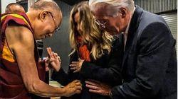 Την «ευλογία»του Δαλάι Λάμα πήρε η εγκυμονούσα σύζυγος του Ρίτσαρντ