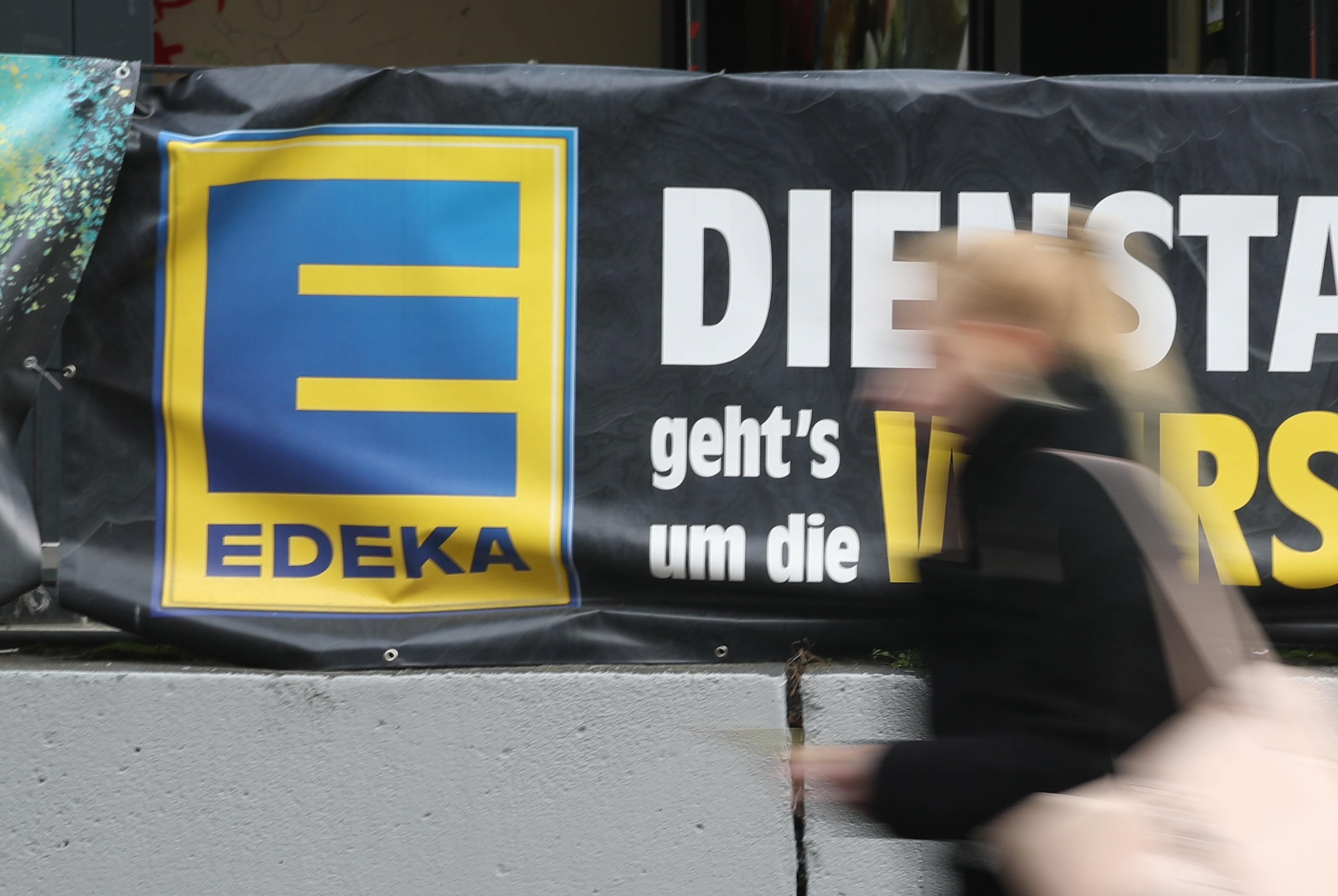 Edeka-Kassiererin klaut 35.000 Euro –das war ihre perfide