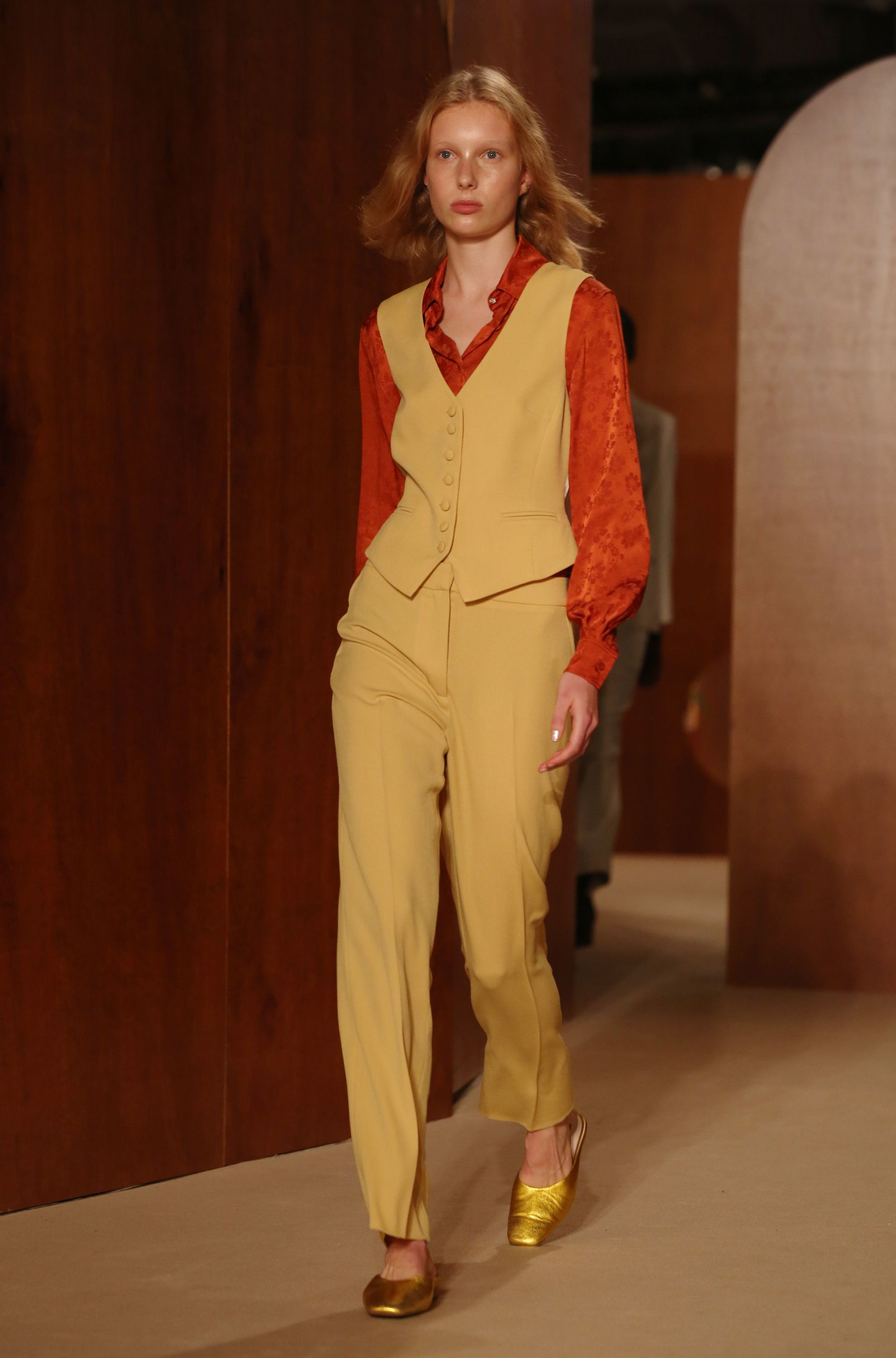 What This London Fashion Week Means For Your Spring / Summer