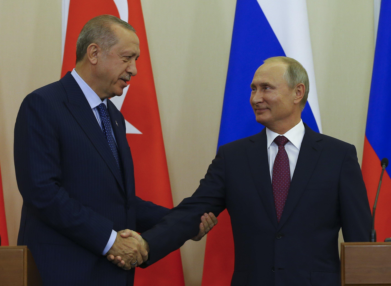 Putin und Erdogan einigen sich auf demilitarisierte Zone in