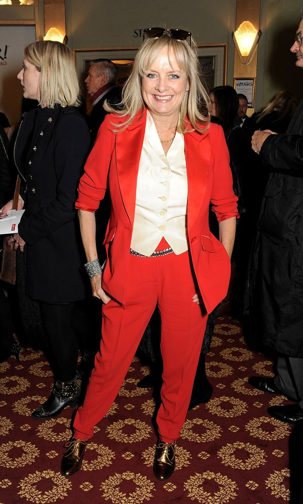 """Twiggy arrives at the Gala Press Night performance of """"Viva Forever"""" at the Piccadilly Theatre in London."""