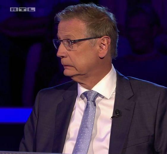 """Jauchs Gesicht spricht Bände: Ahnungslose """"WWM""""-Kandidatin macht Moderator"""