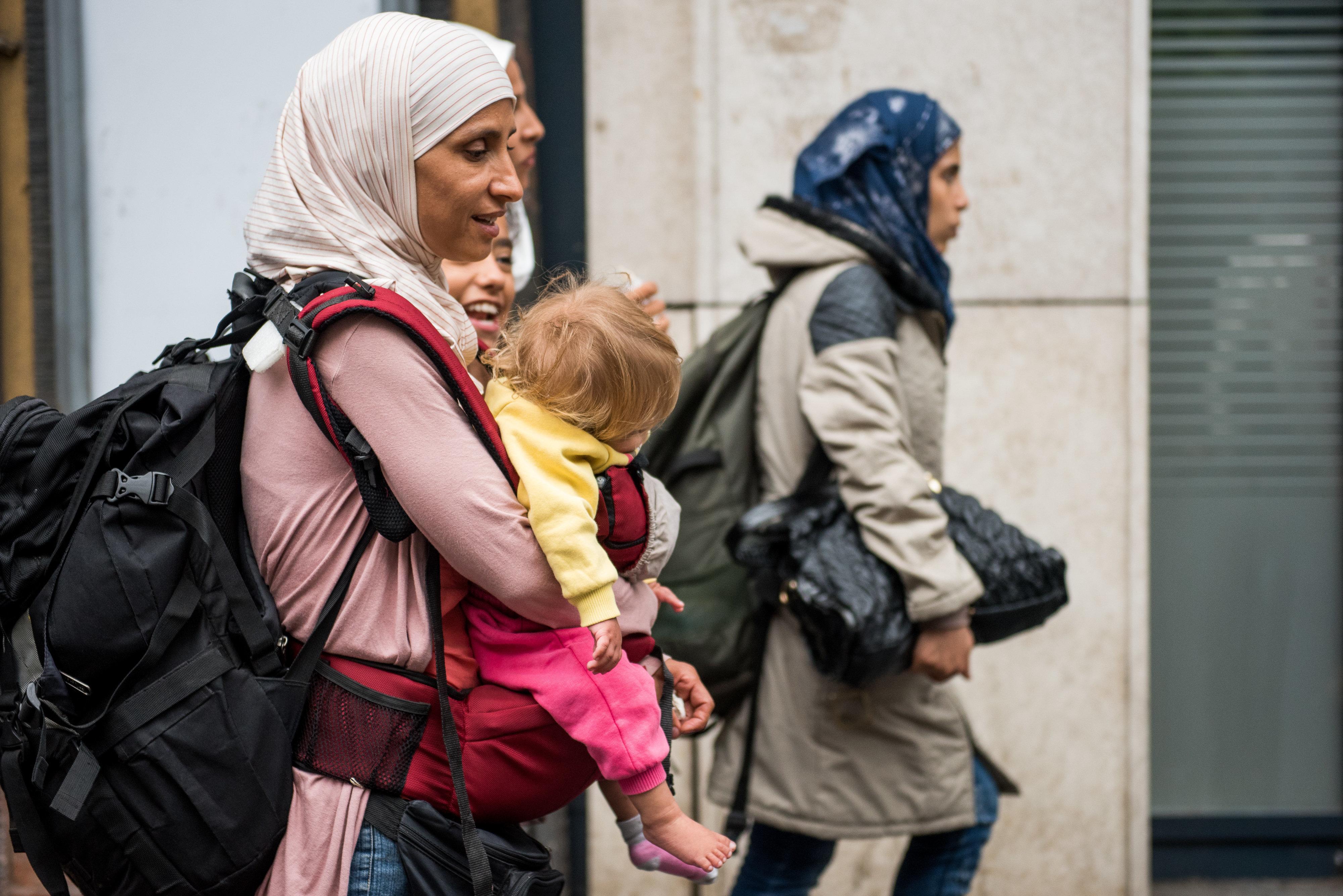 Έκθεση του Συμβουλίου της Ευρώπης καταγράφει βιαιότητες της Ουγγαρίας σε βάρος μεταναστών. Για πολιτικό εκβιασμό κάνει λόγο ο