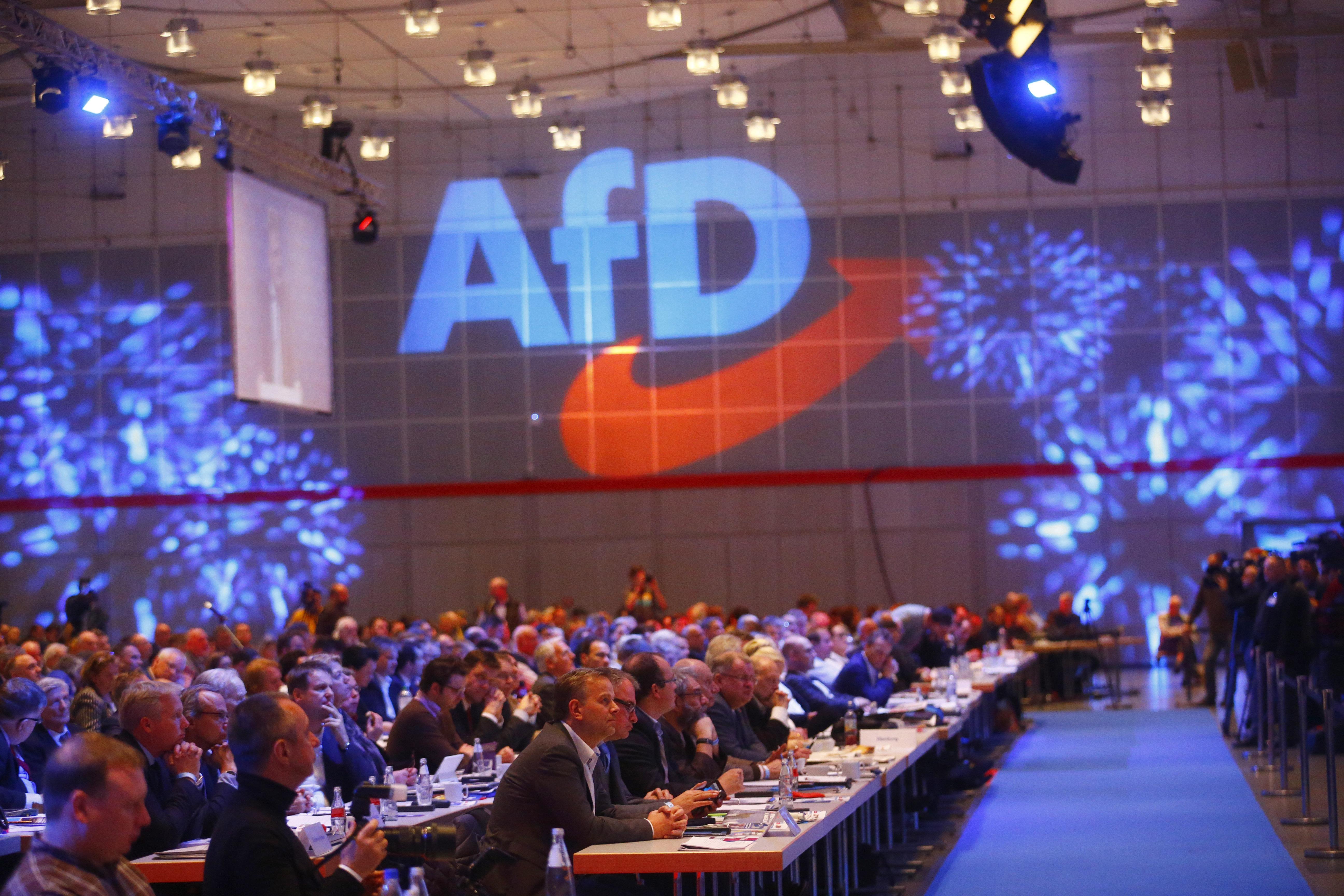 H γερμανική ακροδεξιά και τα μέσα κοινωνικής δικτύωσης. Πώς το AfD κατάφερε να κυριαρχήσει σε Facebook...