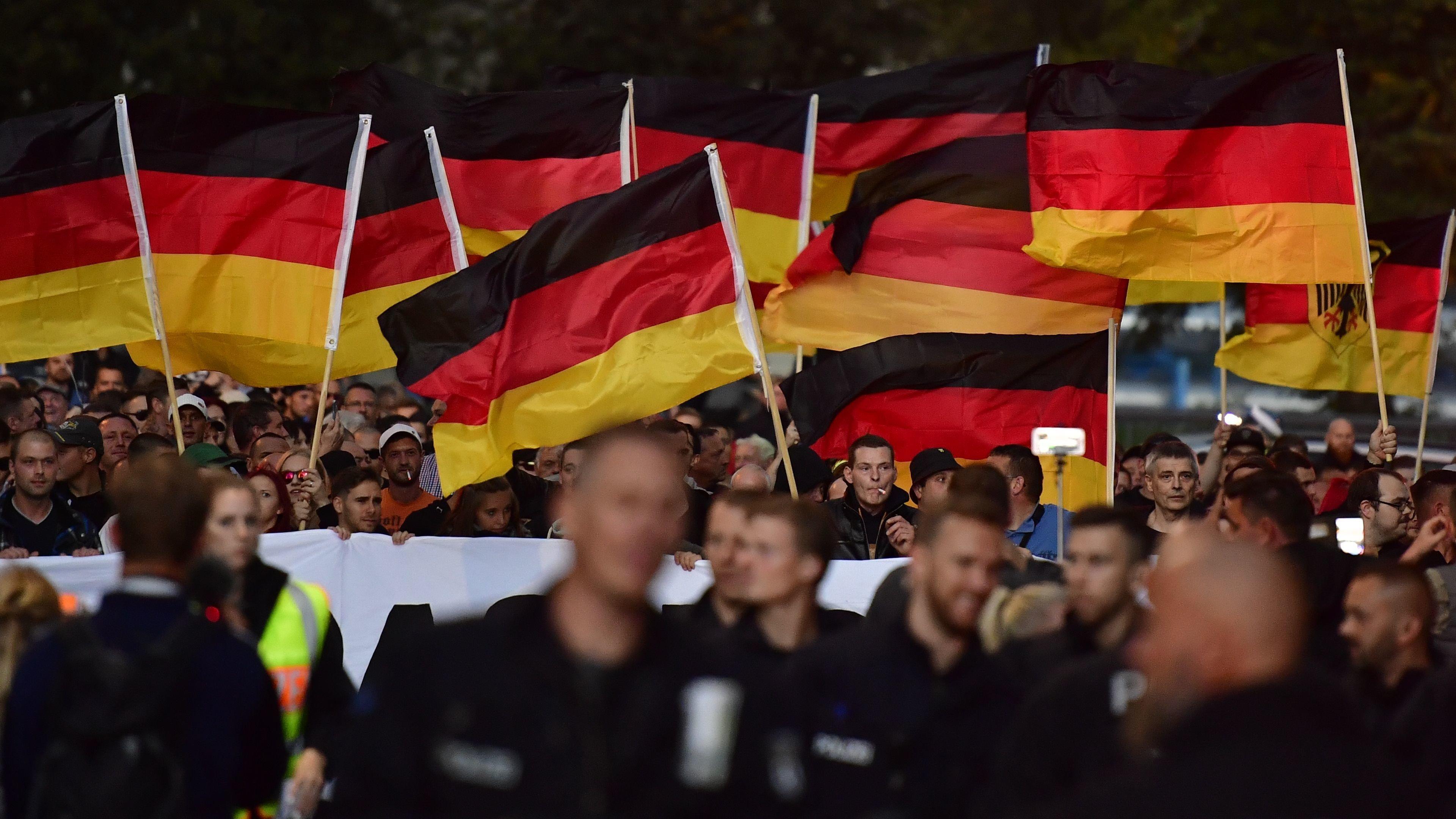 Πώς το AfD κατάφερε να κυριαρχήσει σε Facebook και Twitter και να κερδίσει