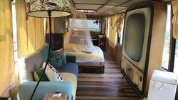 CarAmel, un bus transformé en chambre d'hôtes au bord de la