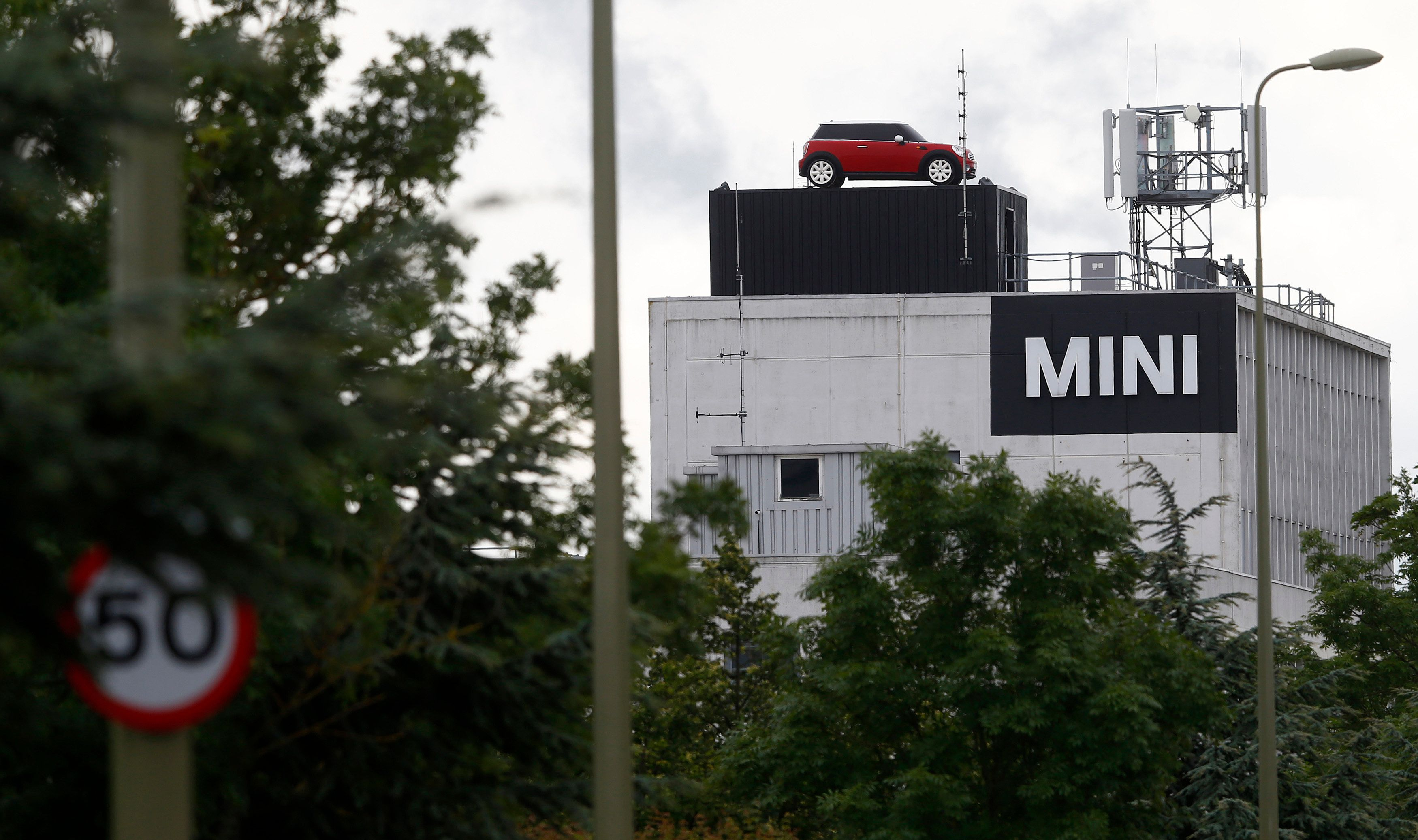 BMW Confirms MINI Factory Will Shut For A Month After