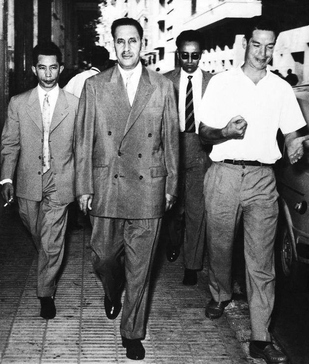Des membres du GPRA au Caire, le 25 septembre 1958. De gauche à droite: Bentobbal, Abbas,
