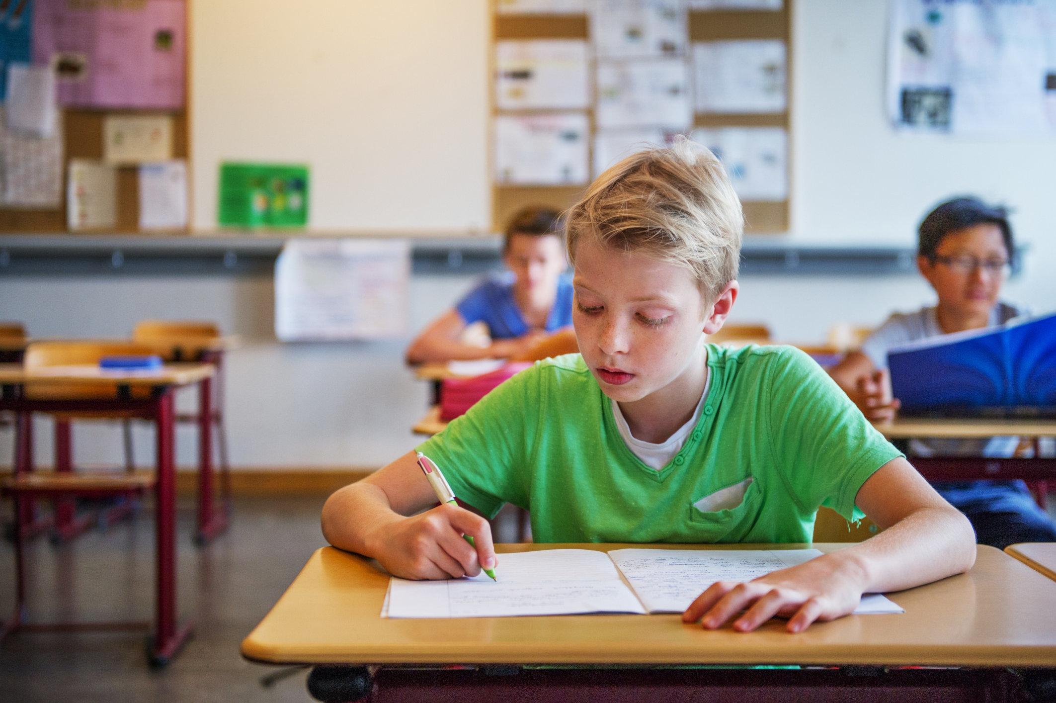 """Studie kritisiert """"Schreiben nach Gehör"""": Warum Lehrer die Methode trotzdem"""