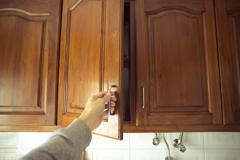 Bremer findet wertvollen Schatz in Küchenschrank – und bringt ihn sofort zum