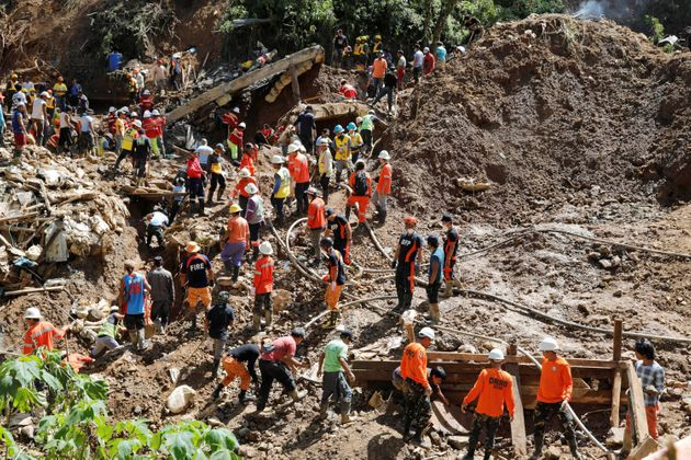 Τους 81 έχουν φτάσει οι νεκροί στις Φιλιππίνες από τον τυφώνα