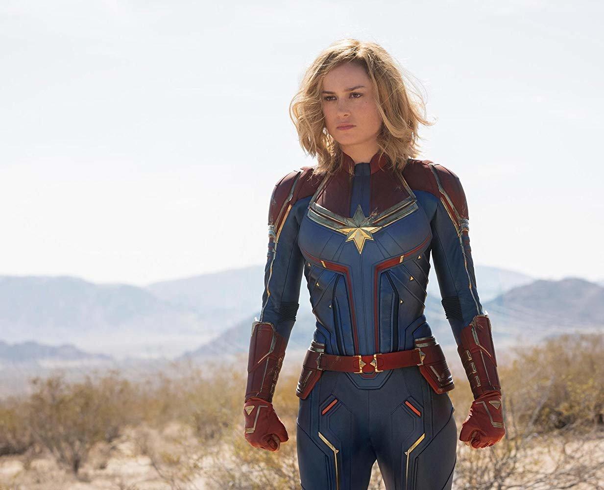 Το επίσημο τρέιλερ της «Captain Marvel» είναι εδώ και είναι γεμάτο εκρηκτικές σκηνές και