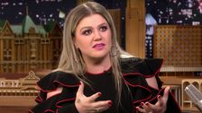 Kelly Clarkson Accidentally Spills The Beans About Her Upcoming Talk Show