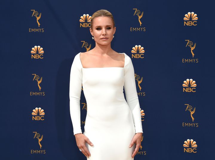 Kristen Bell arrives to the 70th Annual Primetime Emmy Awards.