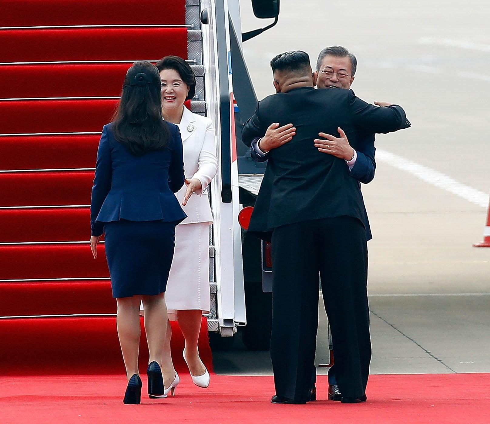 Korea-Gipfel: Diese Gesten sorgen für Entsetzen in