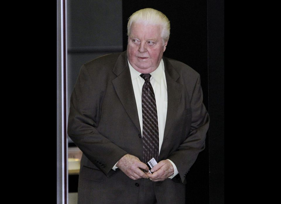 "Former Chicago Police Department detective and commander <a href=""http://www.huffingtonpost.com/2011/01/21/jon-burge-sentenci"