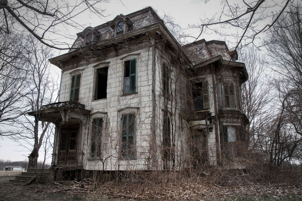 13 Spooky-Looking Houses That Have Inspired Ghost Stories (UPDATE