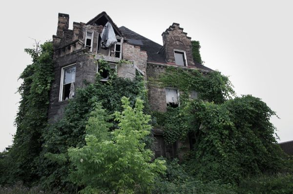 This is the Oliver Family Mansion in Chester, PA. The Oliver family went missing in 1898. The mystery baffled investigators a