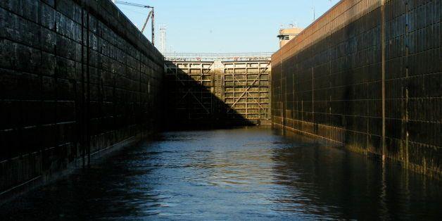 Looking back inside the Eisenhower Lock as we exit.