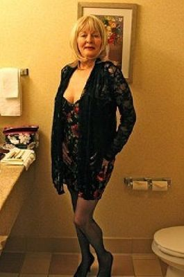 mature female escorts