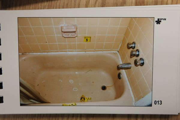 The bathtub inside Luka Magnotta's Montreal apartment.