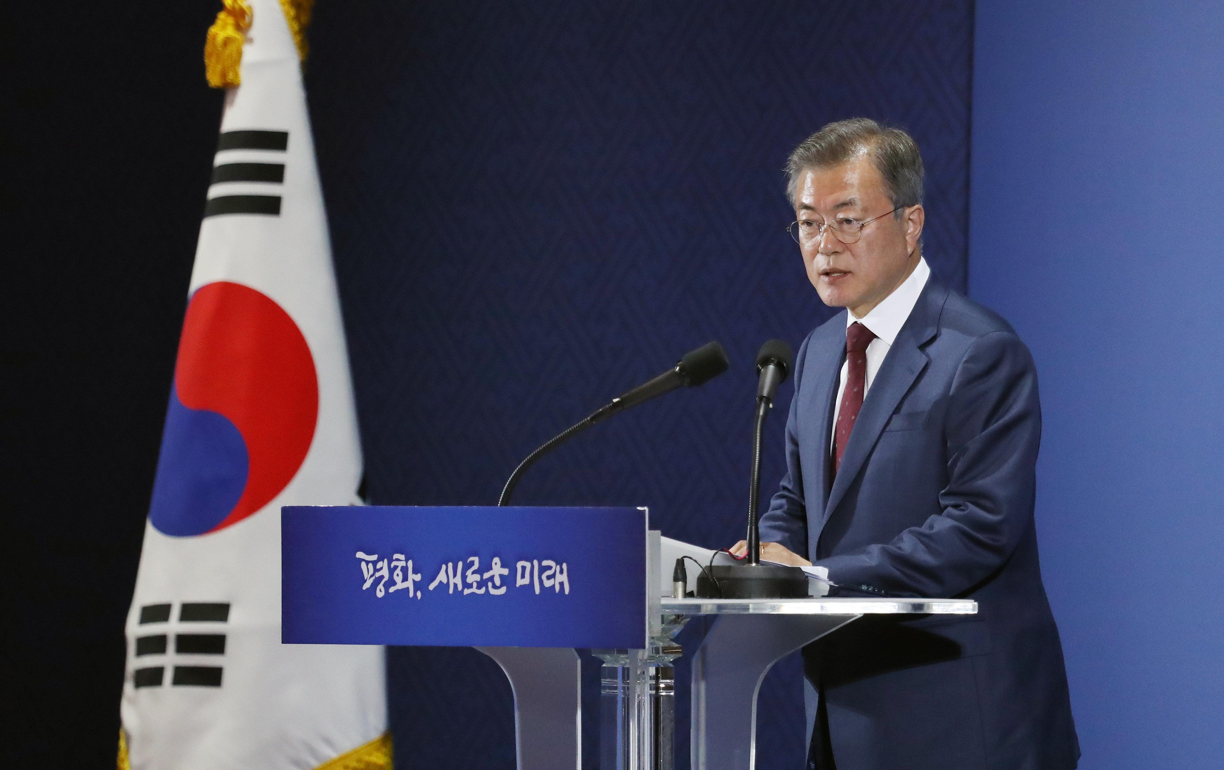 문 대통령이 밝힌 김 위원장과 구두로 합의한