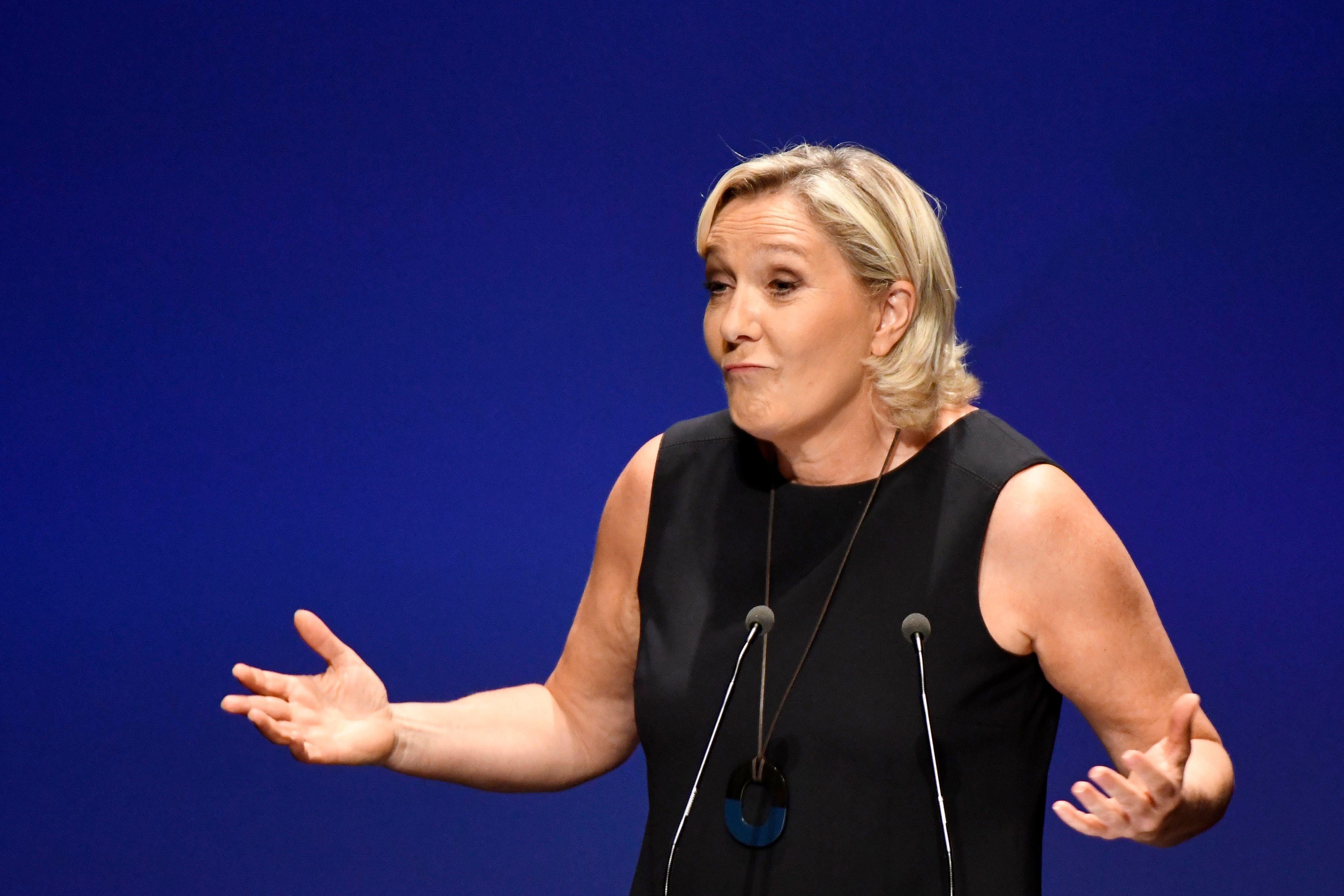 La justice française soumet Marine Le Pen à une expertise psychiatrique, celle-ci