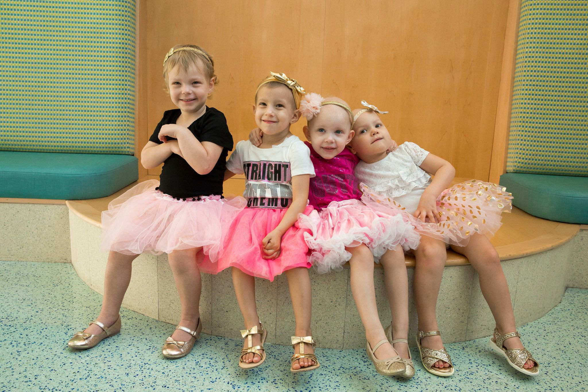 These Four Girls Who All Beat Cancer Reunite At The Hospital Where They Became