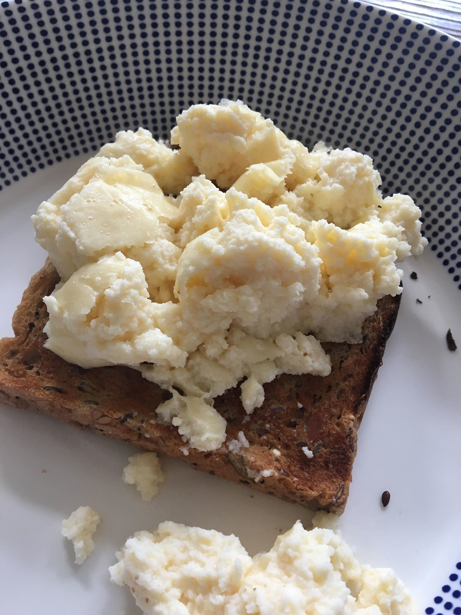 Can Iceland's Microwave Scrambled Eggs Beat The Homemade