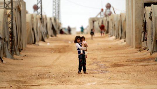 Σύροι πρόσφυγες επιστρέφουν στην πατρίδα τους. Τι συναντούν όμως γυρίζοντας πίσω και πώς είναι η ζωή σε μια χώρα που επί σχεδ...