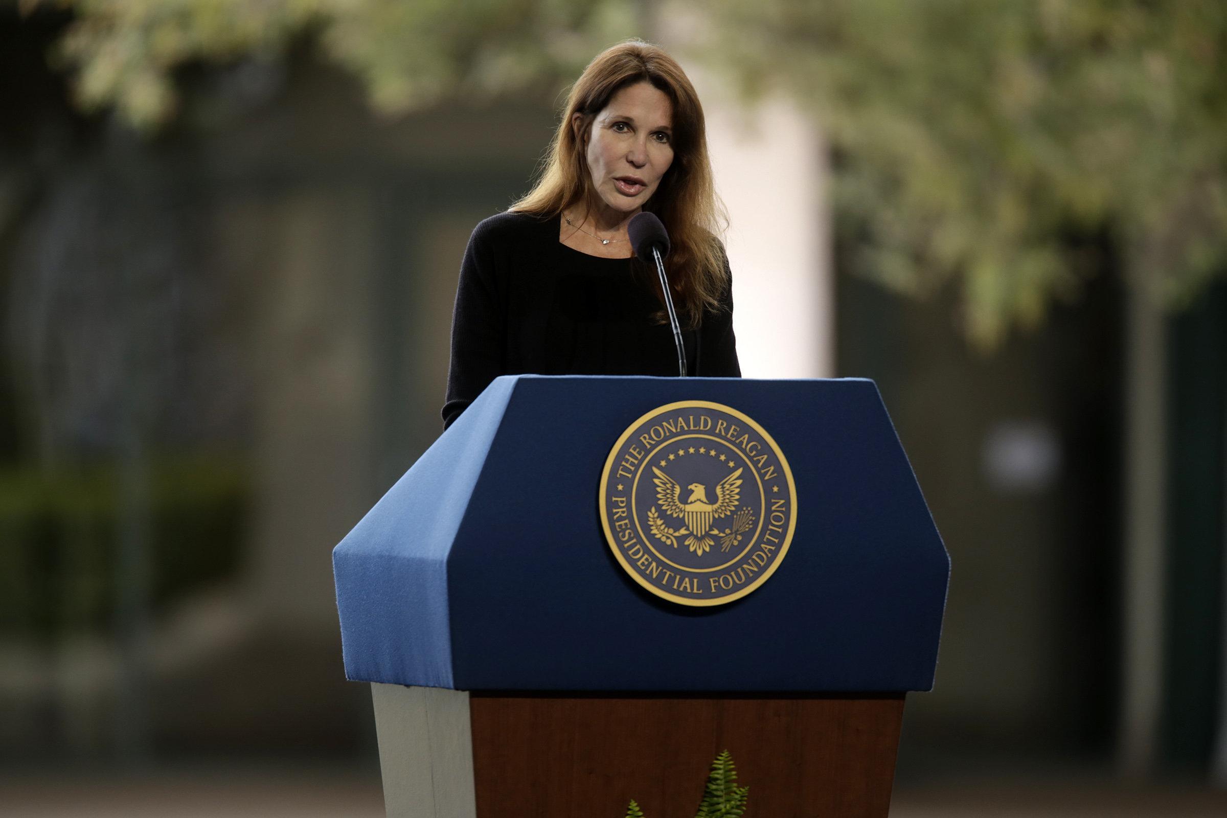Reagans Daughter Patti Davis Reveals She Didnt Disclose Sex Assault For Decades