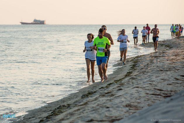 Wave running: Τρέχοντας στη γραμμή αφετηρίας της... Ατομικής