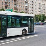 Paris: Busfahrer schlägt Jungen – 320.000 Menschen sind gegen seine