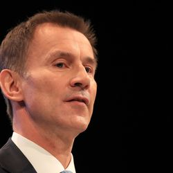 Jeremy Hunt Warns EU To Step Back From Brexit