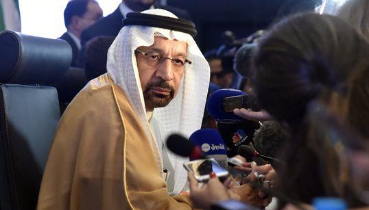 """Réunion d'Alger: Le ministre saoudien """"confiant"""" que l'offre pétrolière sera"""