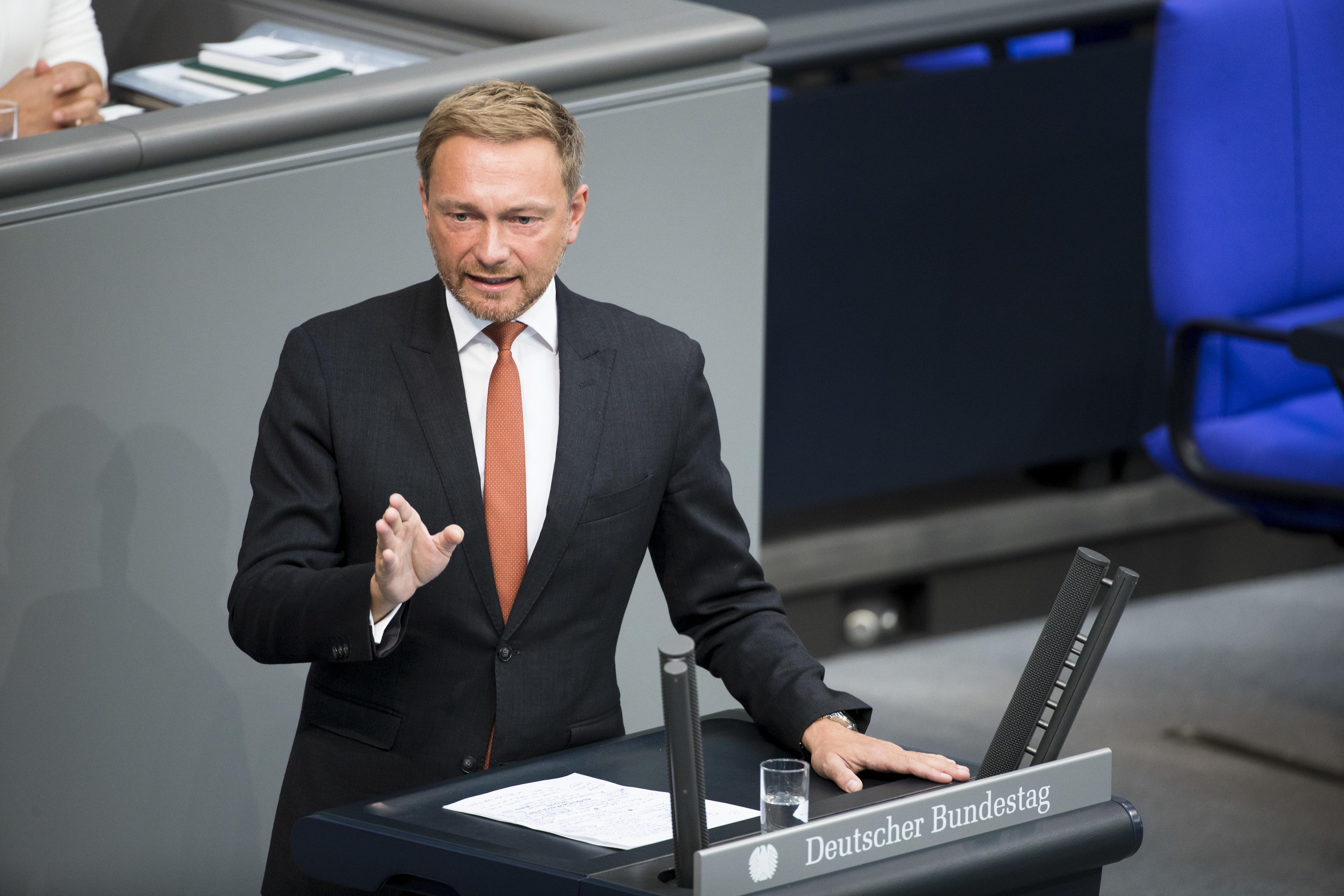 Opposition spottet über Maaßen-Deal: