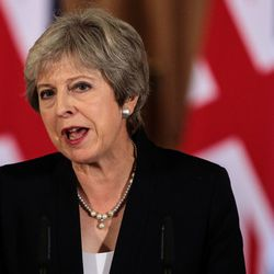 Theresa May Faces Cabinet Showdown Against Tory Calls To Ditch Troubled Brexit