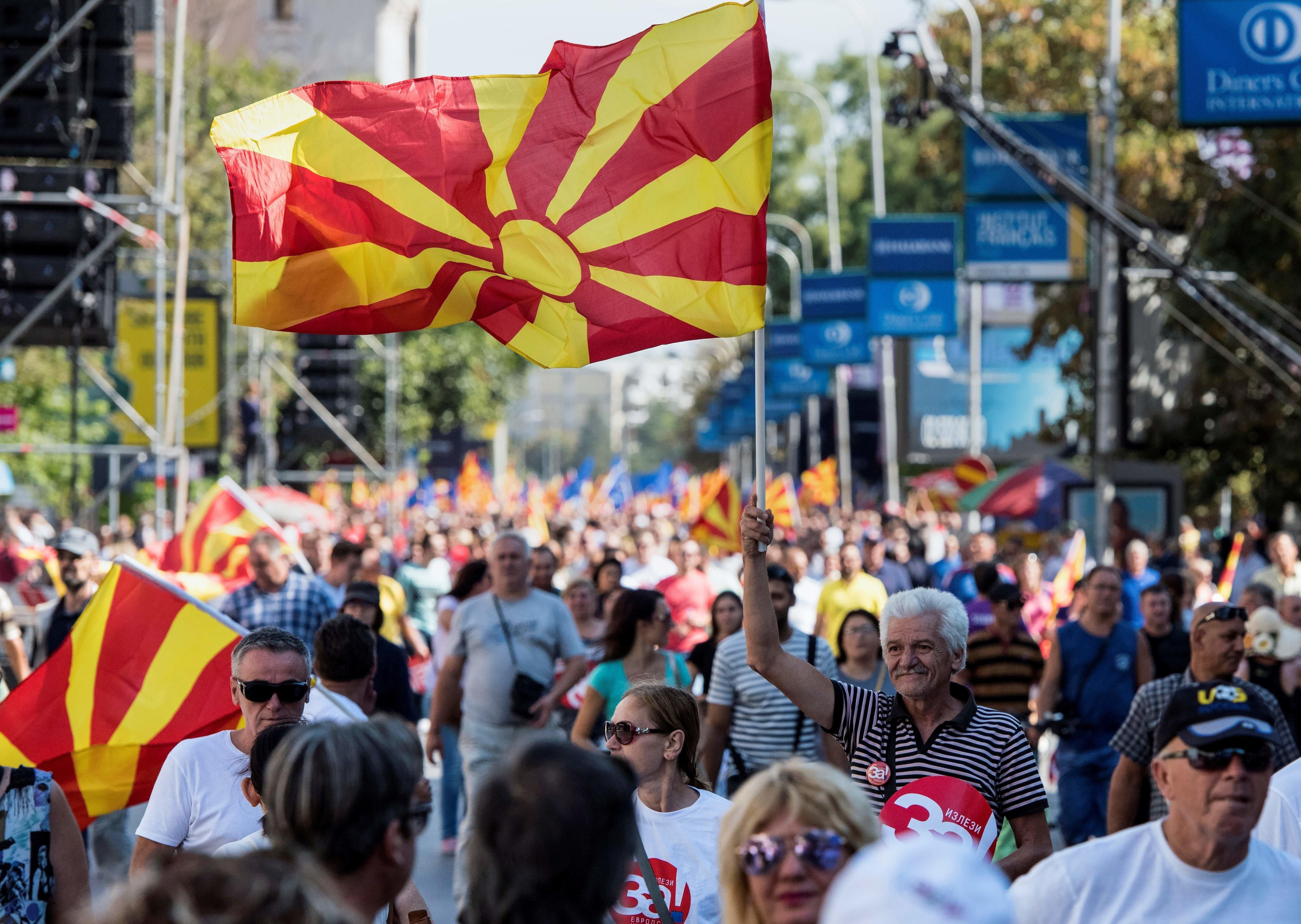 Τί θα γίνει στην πΓΔΜ αν δεν προσέλθουν την Κυριακή στο δημοψήφισμα οι μισοί
